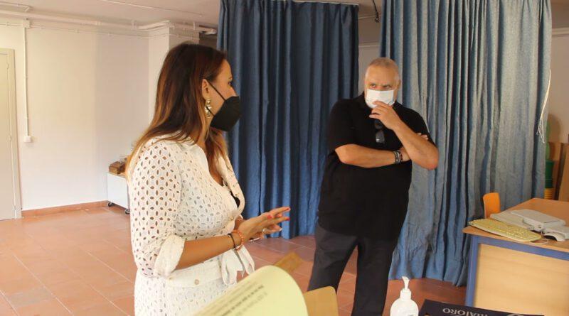 Mayor Net entrega reconocimiento Centro de Paz al CEIP Puerta del Mar